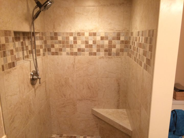 Accent Band in Tile Shower