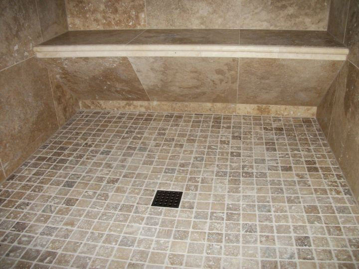 Tile seat with sloping bottom